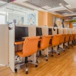 Компьютерный зал в филиале Wall Street English на Добрынинской