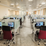 Wall Street English для закрепления материала - компьютерный зал